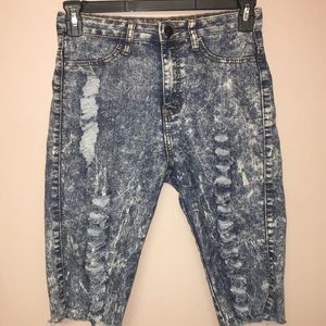 VIP jeans acid washed distressed cut off jeans 8/9
